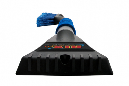 Snow Brush Deluxe with 3D-emblem